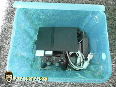 Comment rangez vous vos câbles de console et manettes ? Dsci0111