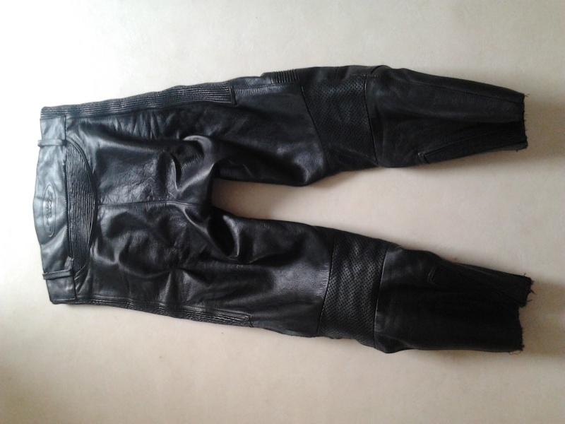 casque , combi pluie , véritable lunettes CLIMAX , pantalon cuir  2015-011