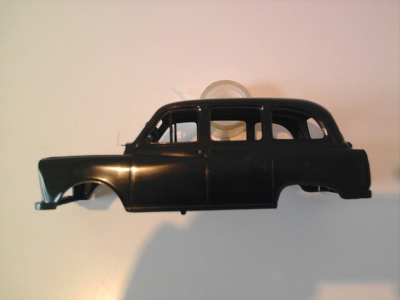 Revell London Taxi 1:24 08_10