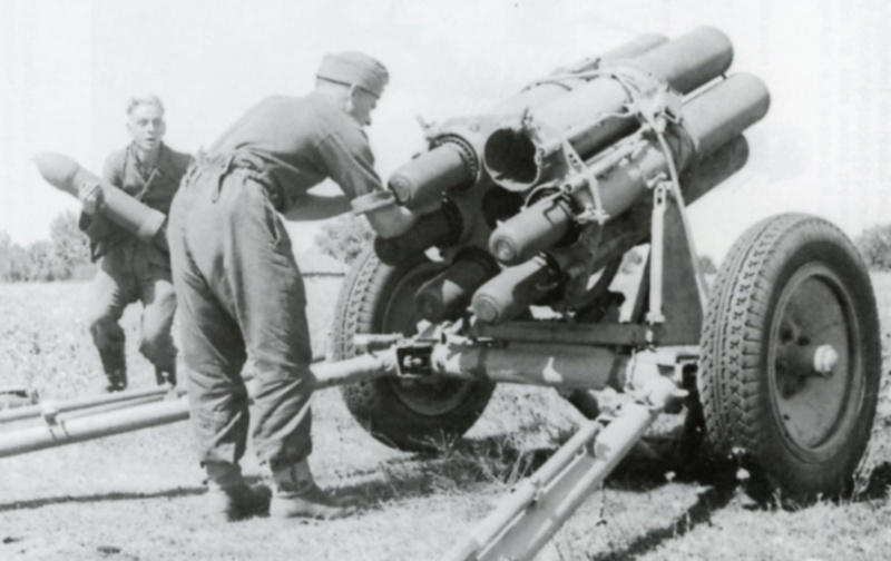 Carnet de route de Jacques Bégin III/ RMT 10ème Cie - Page 2 Panzer13