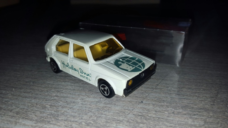 N°210 Volkswagen Golf I Img_1023