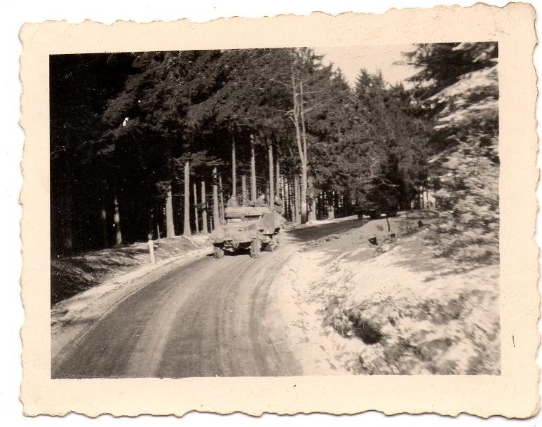 Carnet de route de Jacques Bégin III/ RMT 10ème Cie - Page 2 Route_11