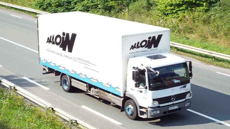 Transports Alloin  (Groupe Kuehne & Nagel) (69) - Page 6 Dscf5223
