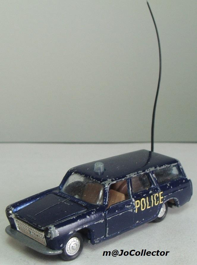 N°216 PEUGEOT 404 POLICE 216_1_10