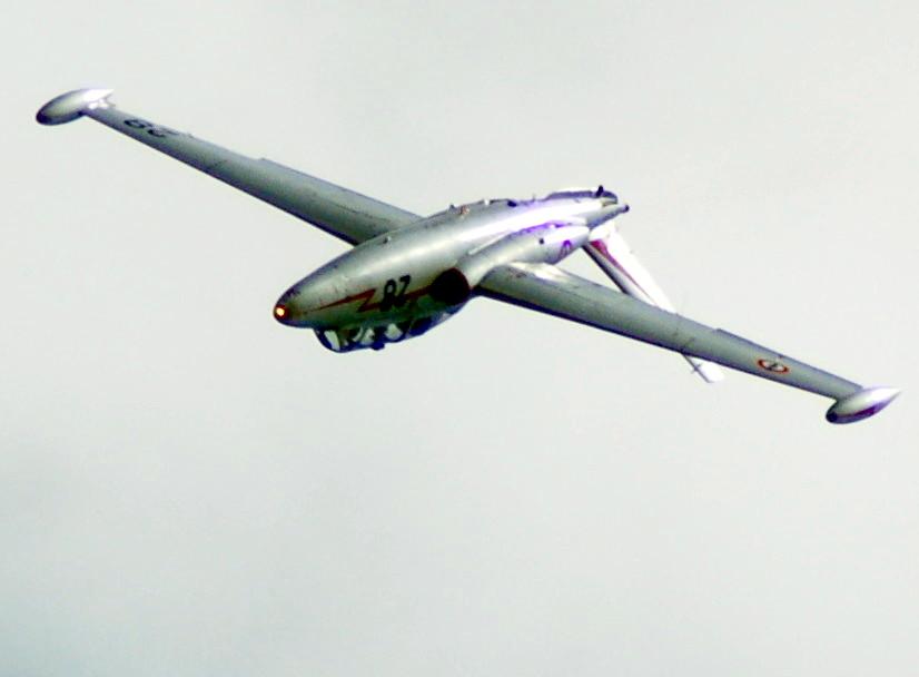 Fouga CM-175 Zéphyr-Spécial Hobby-1/72° (terminé) - Page 6 Pic09610