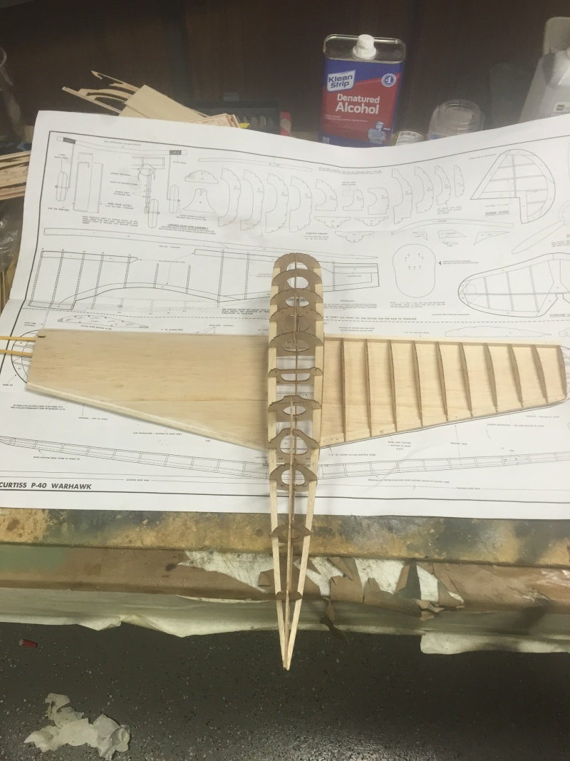 building a Guillows kit P 40 Airpla13