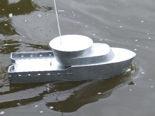 Chalutier pêche arrière Chalut18