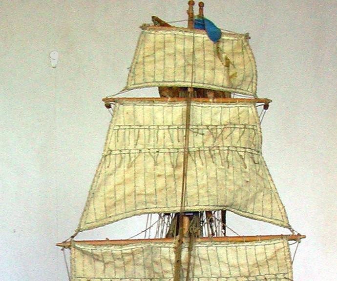 LA TOULONNAISE, goelette de 1823 au 1/75 par parellum, sous voiles, et photos Musée de la Marine Toul10