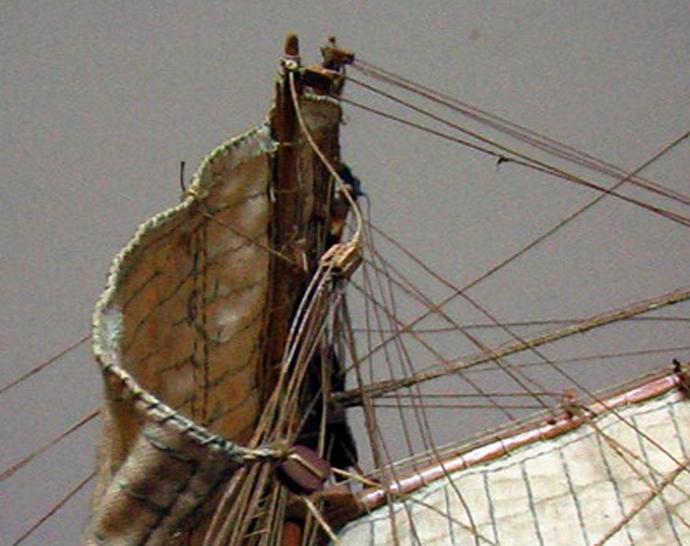 LA TOULONNAISE, goelette de 1823 au 1/75 par parellum, sous voiles, et photos Musée de la Marine Toul210