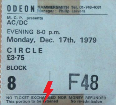 1979 / 12 / 17 - UK, London, Hammersmith odeon  17_12_10