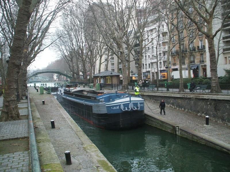 Ballade le long du canal au 1/100 ème - Page 3 38m110