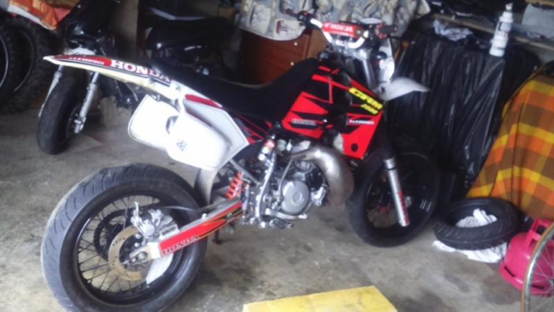 J'ai vendu ma crm et je cherche une autre moto Crmsm10