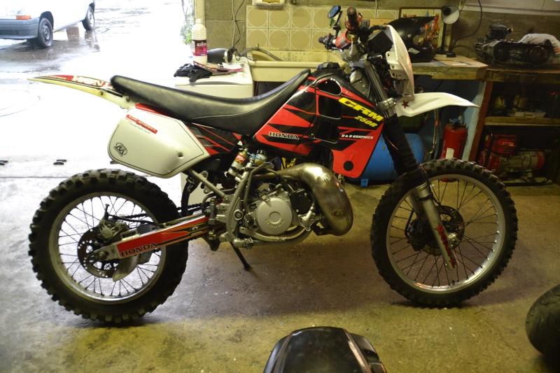 J'ai vendu ma crm et je cherche une autre moto Dsc_0415