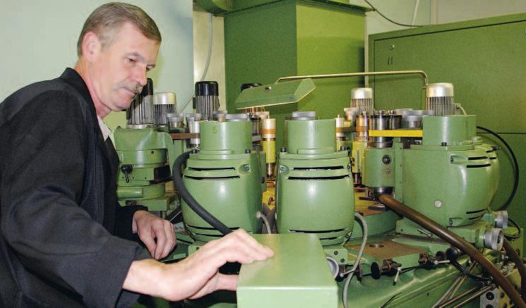 Une Type-1 d'avant guerre et petite histoire de l'usine Poljot (1 à 4) Valj10