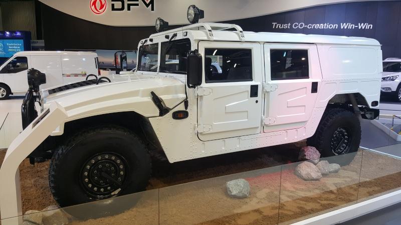 Humvee : La grosse brute est de retour ! 20151112