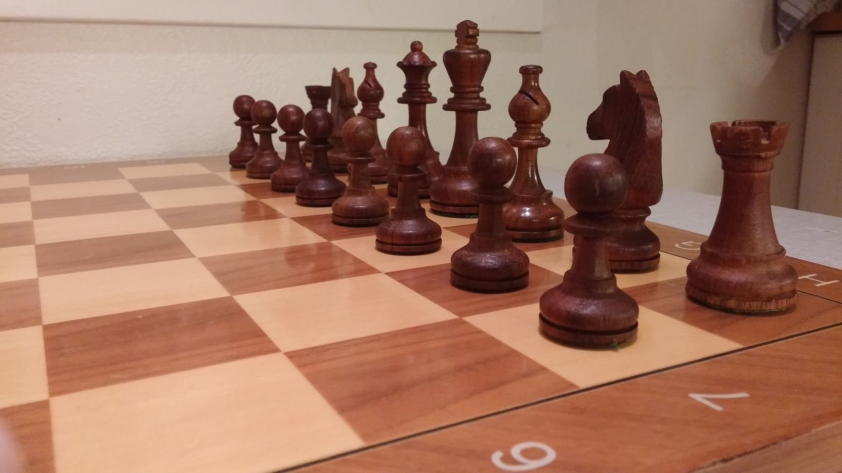 Share your primary chess set Black_11