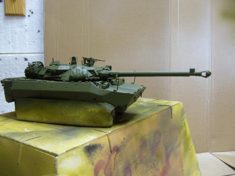 Véhicules français en OPEX.....VBL et AMX 10 RCR Tiger Model 1/35 P1030412