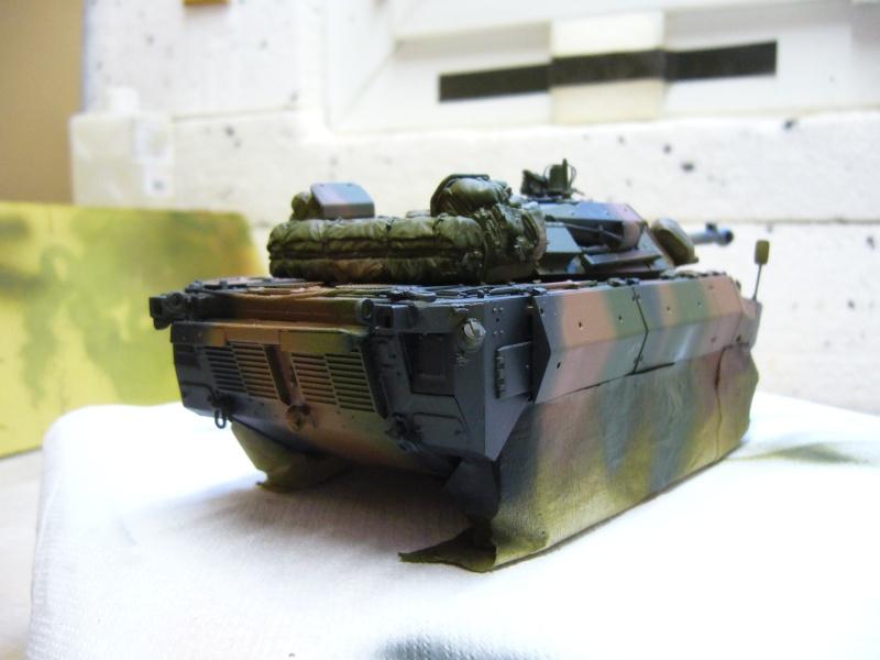 Véhicules français en OPEX.....VBL et AMX 10 RCR Tiger Model 1/35 P1030419