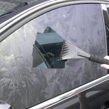 Comment éviter le givre sur les vitres des voitures ? Givre10