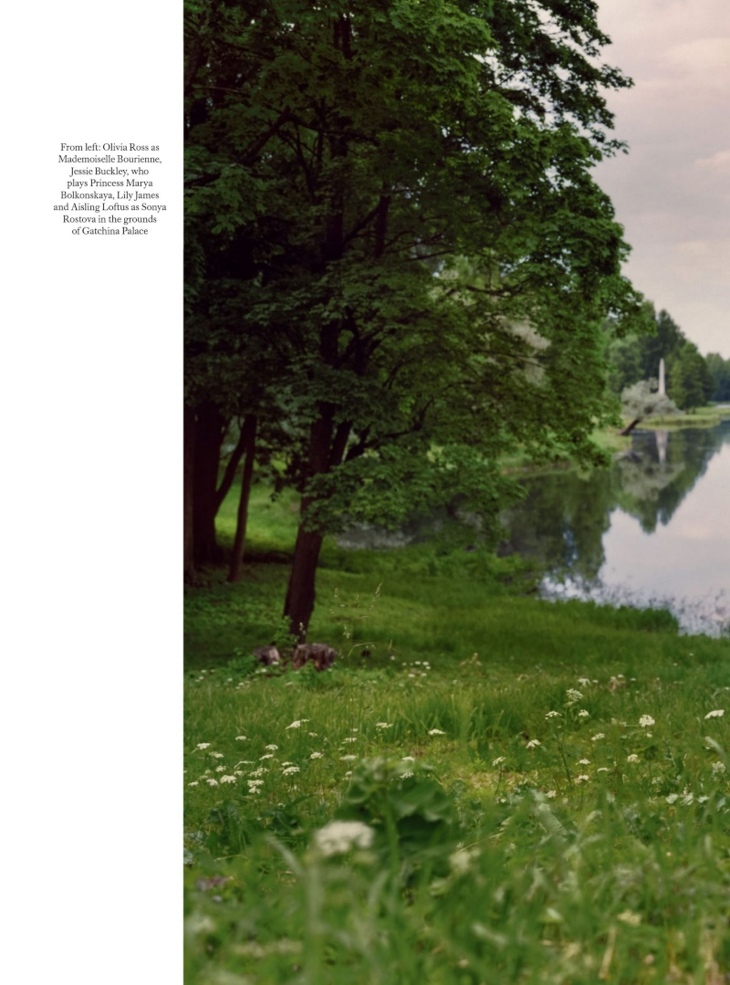 Dossier spécial War & Peace BBC dans Harper's Bazaar Wp52710