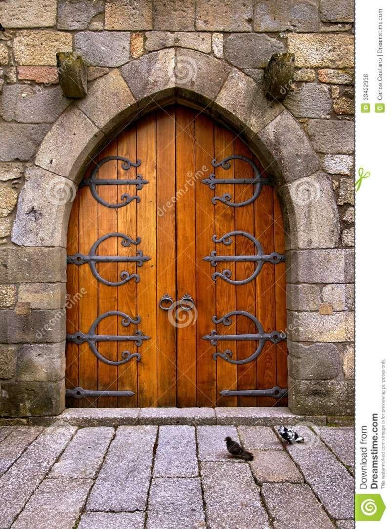 Portes d'Atelier - Page 3 Castle10