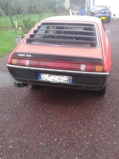 une r 15 gtl 77 rouge sortie de garage 21 ans après 14522611
