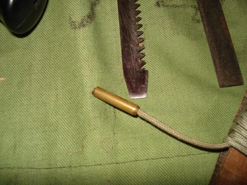 Czechoslovak knife for paras - UTON vz. 75 (ÚTOční Nůž - attack knife) Dsc08029