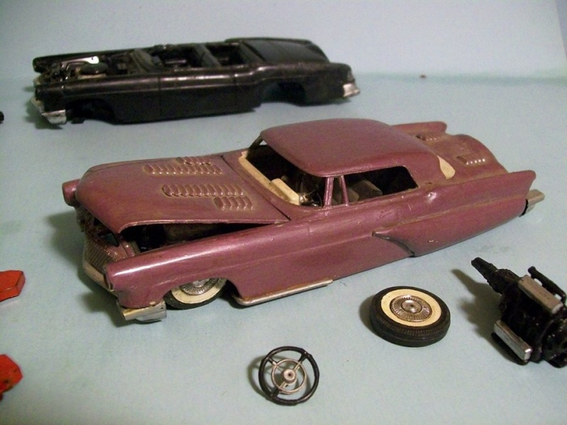 Vintage built automobile model kit survivor - Hot rod et Custom car maquettes montées anciennes - Page 3 10098910