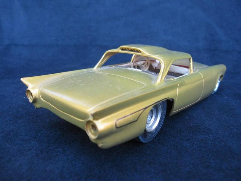 Vintage built automobile model kit survivor - Hot rod et Custom car maquettes montées anciennes - Page 4 10150710