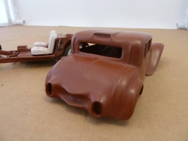 Vintage built automobile model kit survivor - Hot rod et Custom car maquettes montées anciennes - Page 3 10166910