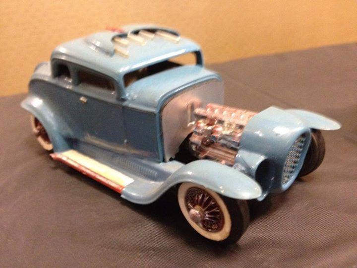 Vintage built automobile model kit survivor - Hot rod et Custom car maquettes montées anciennes - Page 4 10402910