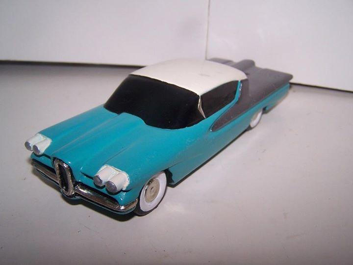 Vintage built automobile model kit survivor - Hot rod et Custom car maquettes montées anciennes - Page 3 10473110