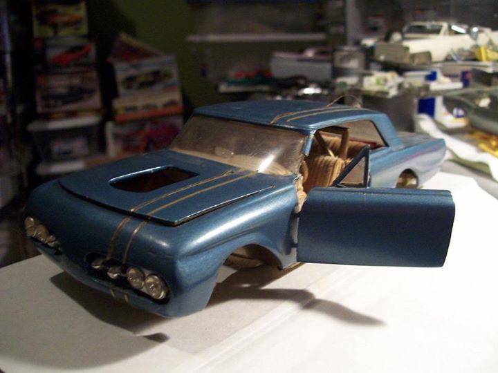 Vintage built automobile model kit survivor - Hot rod et Custom car maquettes montées anciennes - Page 3 10891810