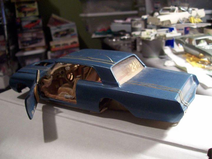 Vintage built automobile model kit survivor - Hot rod et Custom car maquettes montées anciennes - Page 3 10898210