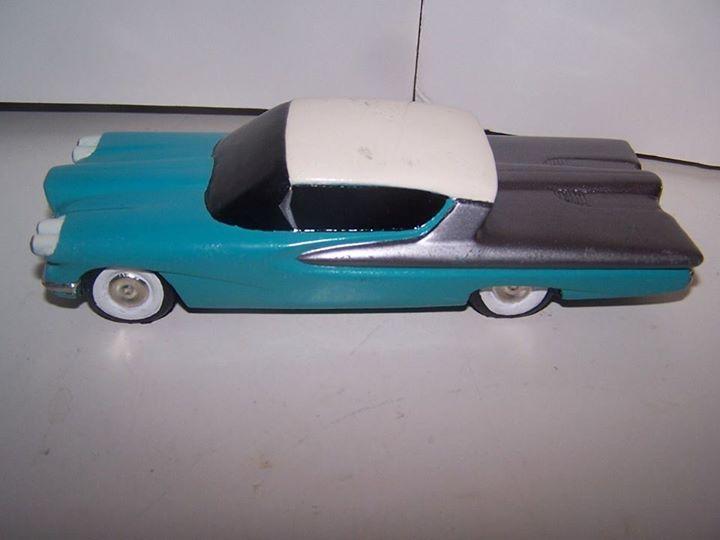 Vintage built automobile model kit survivor - Hot rod et Custom car maquettes montées anciennes - Page 3 10922810