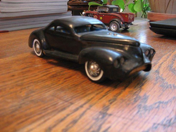 Vintage built automobile model kit survivor - Hot rod et Custom car maquettes montées anciennes - Page 3 10931110