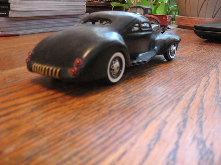 Vintage built automobile model kit survivor - Hot rod et Custom car maquettes montées anciennes - Page 3 10933710