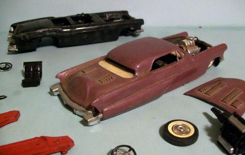 Vintage built automobile model kit survivor - Hot rod et Custom car maquettes montées anciennes - Page 3 12382110