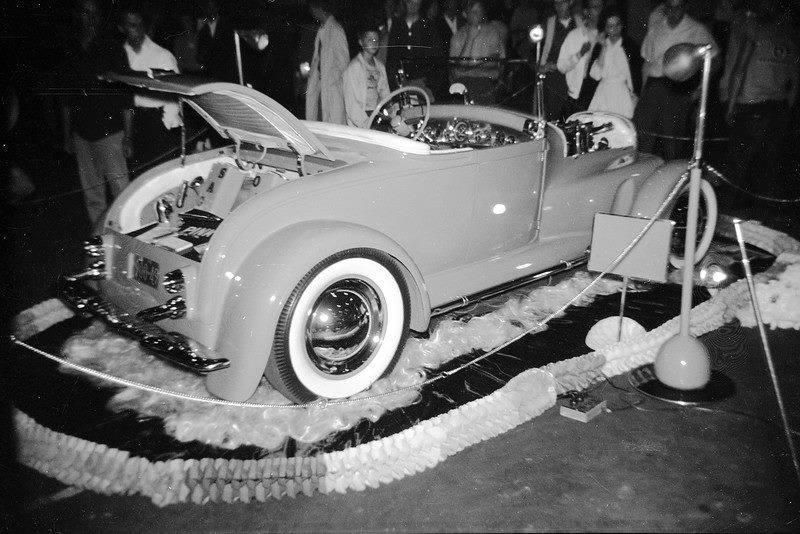Vintage Car Show - Page 17 12400510