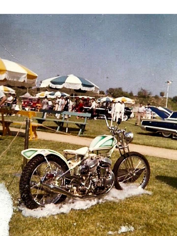 Vintage Car Show - Page 17 12439510