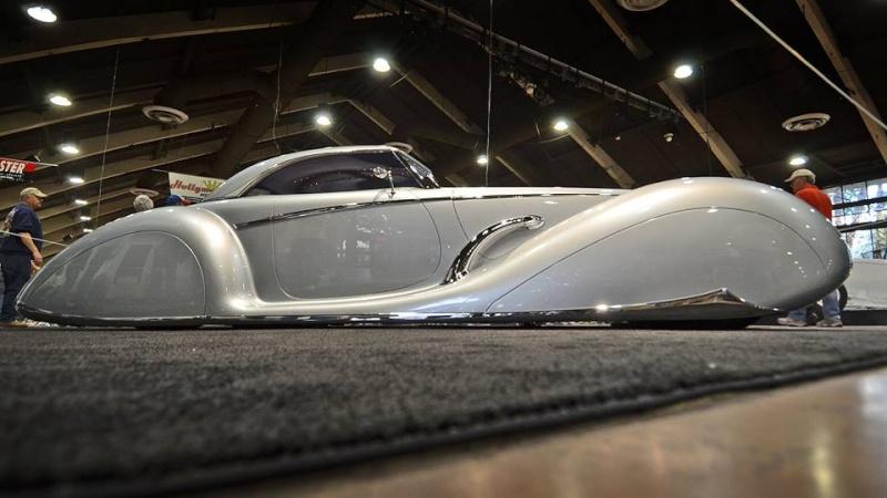 'Aquarius' Rick Dore/James Hetfield - 1934 Packard 12642611