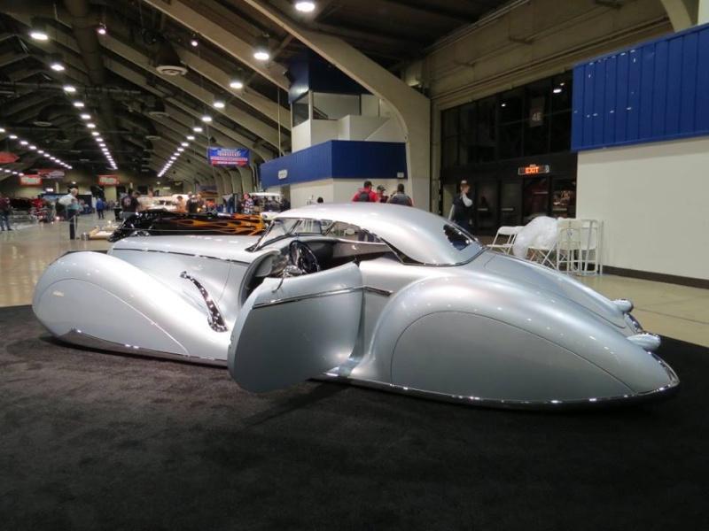'Aquarius' Rick Dore/James Hetfield - 1934 Packard 12644811
