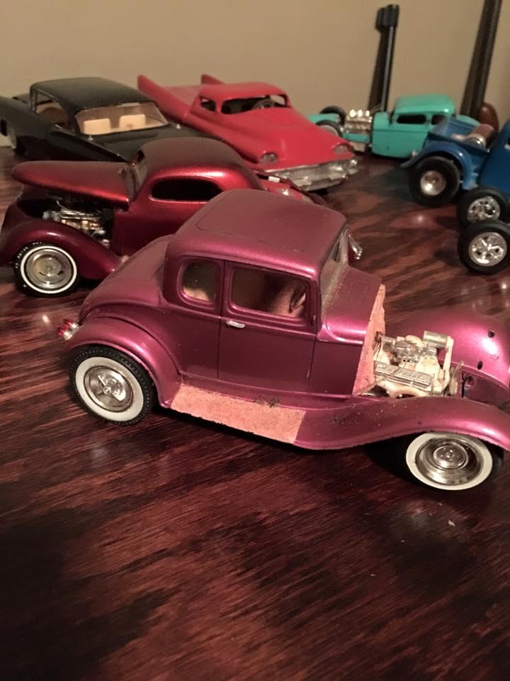 Vintage built automobile model kit survivor - Hot rod et Custom car maquettes montées anciennes - Page 4 1309_111