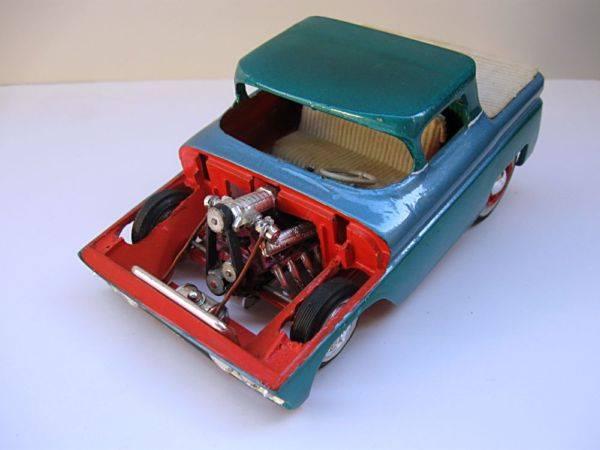 Vintage built automobile model kit survivor - Hot rod et Custom car maquettes montées anciennes - Page 3 13831010
