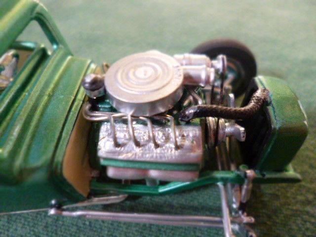 Vintage built automobile model kit survivor - Hot rod et Custom car maquettes montées anciennes - Page 3 14866310