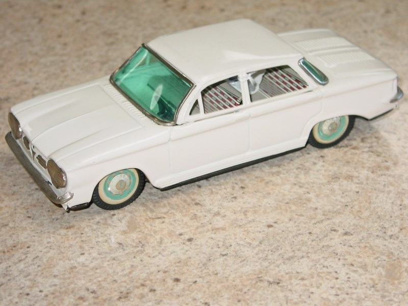 us car -  tôle - Tin Toys -  1950's & 1960's - Page 3 151