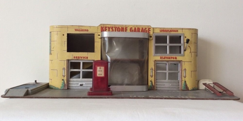 Garages jouets - Toys garage - Page 2 153