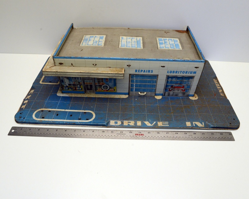 Garages jouets - Toys garage - Page 2 156