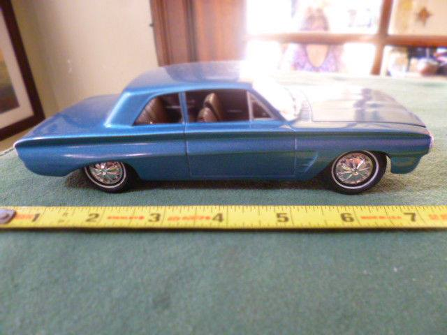 1962 Pontiac Tempest - Customizing kit - Amt 16009710