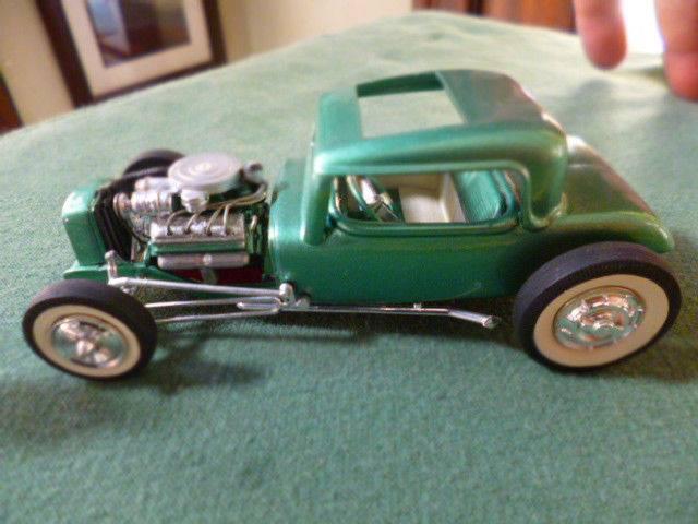 Vintage built automobile model kit survivor - Hot rod et Custom car maquettes montées anciennes - Page 3 16049110